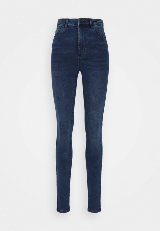 VMSOPHIA - Jeansy Skinny Fit - medium blue denim