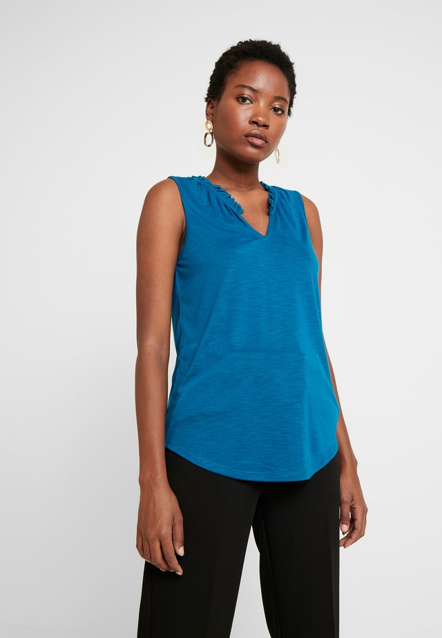 RUFFLE - Top - truly teal