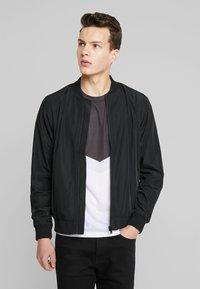 Burton Menswear London - CORE ALL - Bomberjacks - black - 0