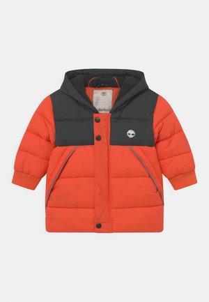 PUFFER - Winter coat - peach