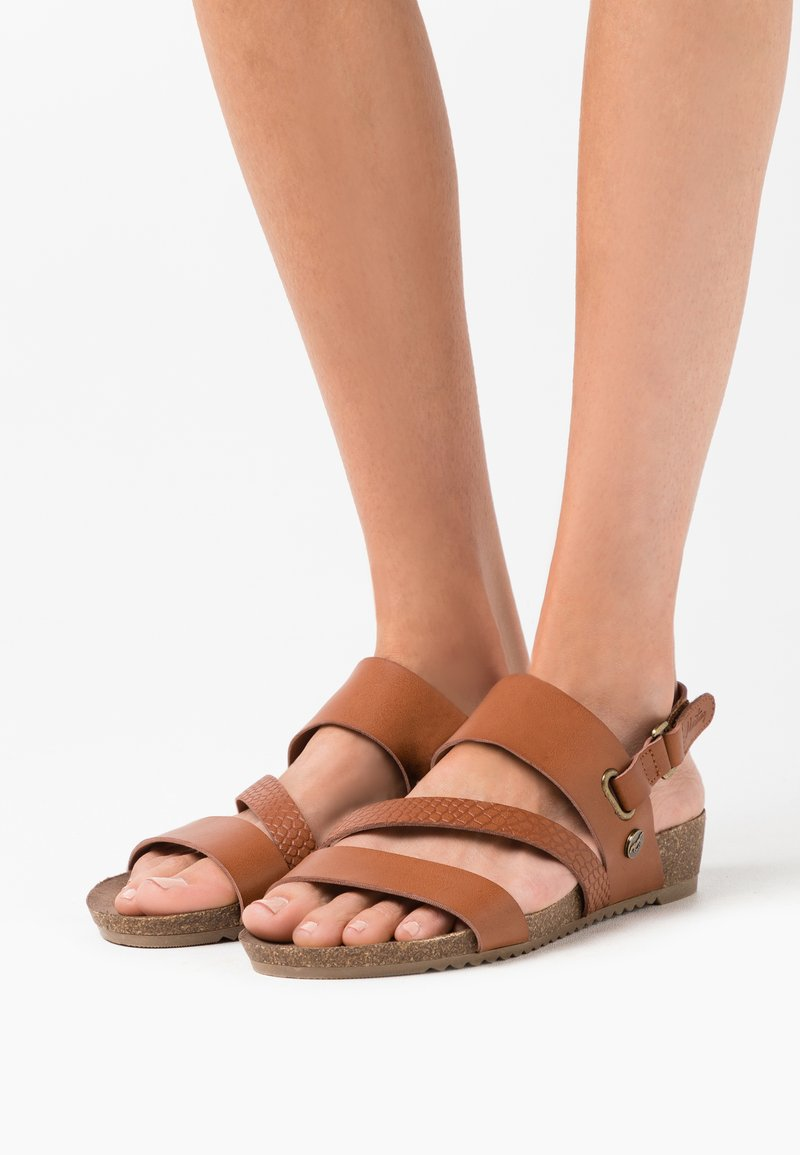 Mustang - Wedge sandals - cognac