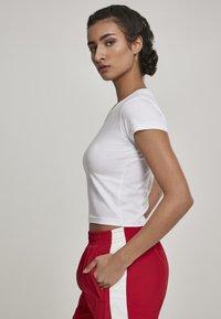 Urban Classics - Basic T-shirt - white - 3