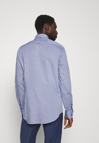 Tommy Hilfiger Tailored - HOUNDSTOOTH CLASSIC - Camisa elegante - blue - 2