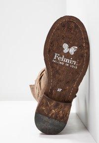 Felmini - GREDO - Cowboy/Biker boots - noumerat camel - 6