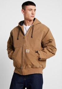 Carhartt WIP - ACTIVE JACKET DEARBORN - Light jacket - hamilton brown aged - 0