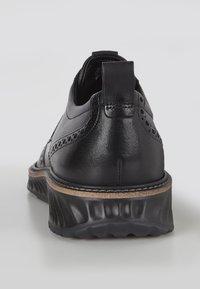 ECCO - ST.1 HYBRID  - Zapatos con cordones - black - 3