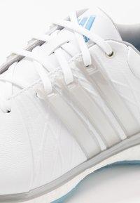 adidas Golf - TOUR360 XT-SL - Zapatos de golf - footwear white/silver metallic/team light blue - 5