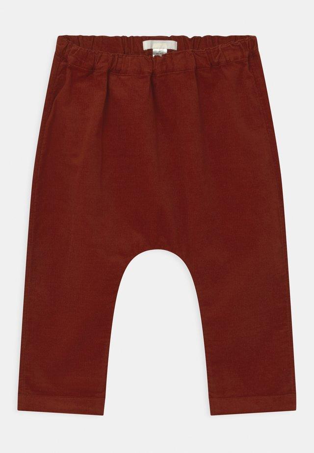 UNISEX - Trousers - brown medium