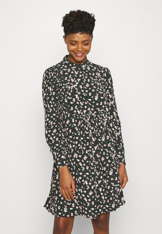 OBJNELL SHORT DRESS  - Paitamekko - green