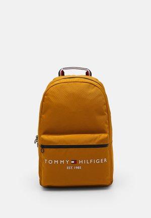 ESTABLISHED BACKPACK - Plecak - crest gold-coloured