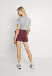 Monki - Shorts - red dark - 2