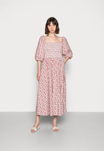 EBONY DRESS - Denní šaty - red