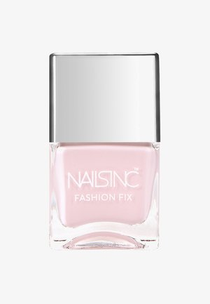 FASHION FIX - Nail polish - pastel pink-vintage tee