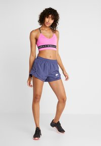 Nike Performance - TEMPO SHORT AIR - Sports shorts - sanded purple/white - 1