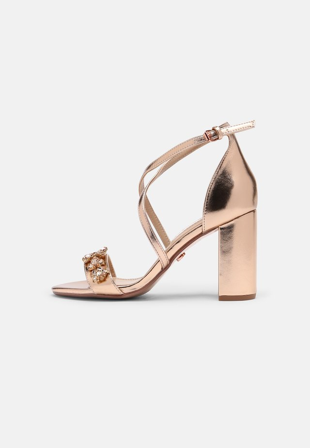 SHOWCASE BUTTERFLY - Sandals - rose gold