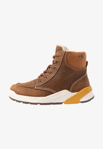 RUBEN TEX - Šněrovací kotníkové boty - tan