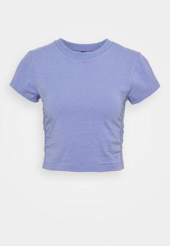SIDE GATHERED - Basic T-shirt - periwinkle