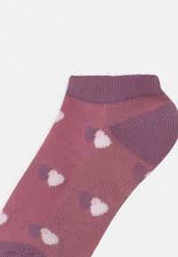 Abercrombie & Fitch - ANKLE 5 PACK - Socks - off-white - 2