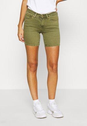 ONLCARMEN  - Shorts di jeans - capulet olive