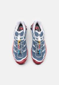 Salomon - XT-6 UNISEX - Sneakers basse - ashley blue/white/chert - 3