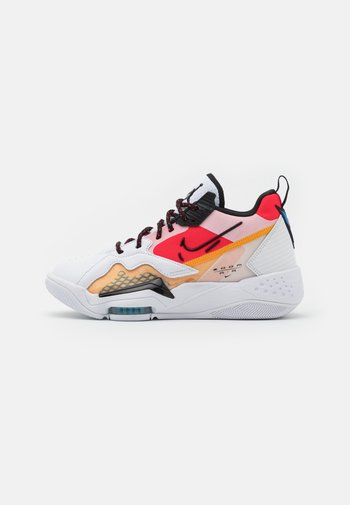 ZOOM '92 - High-top trainers - white/black/siren red/university gold