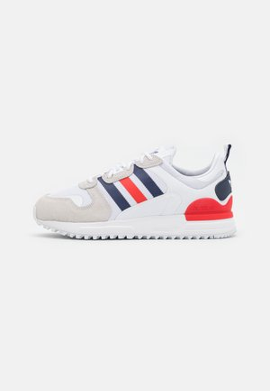 ZX UNISEX - Sneakersy niskie - footwear white/dark blue/red