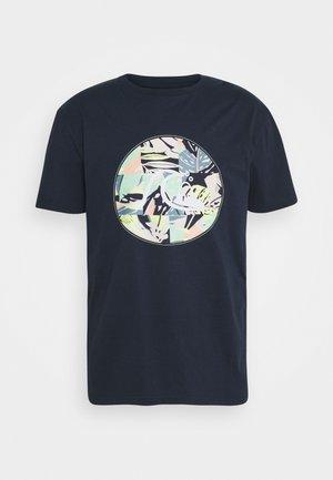 JUNGLE BOOGIE - Print T-shirt - navy blazer