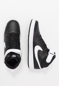 Nike Sportswear - COURT BOROUGH MID UNISEX - High-top trainers - black/white - 0