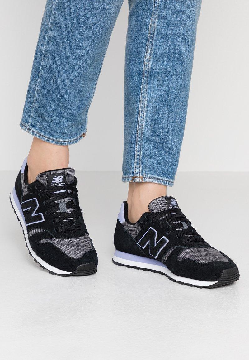 New Balance - WL373 - Sneakersy niskie - black/white