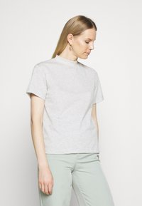 Trendyol - 2 PACK - Basic T-shirt - gray - 1