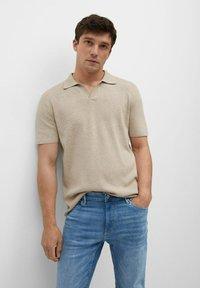 Mango - SKINNY  - Slim fit jeans - mittelblau - 3