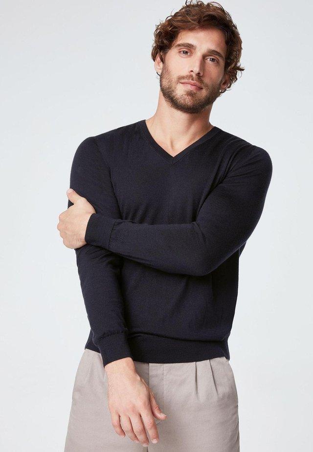 V-AUSSCHNITT-PULLOVER AUS CASHMERE ULTRALIGHT - Sweatshirt - dark blue