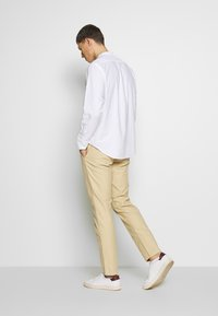 NN07 - STEVEN - Chinos - light khaki - 2
