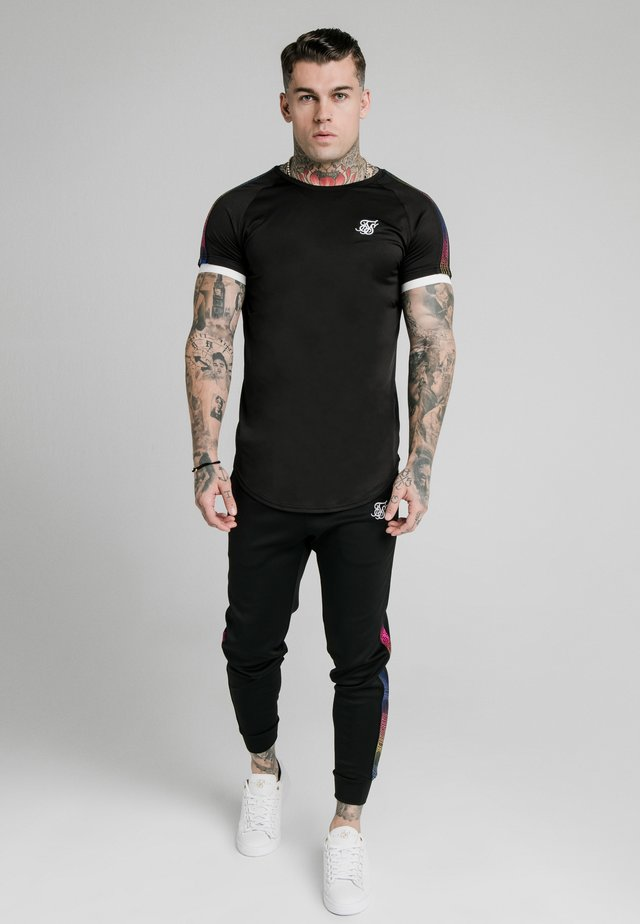 FADE RUNNER TECH TEE - T-shirt basique - black