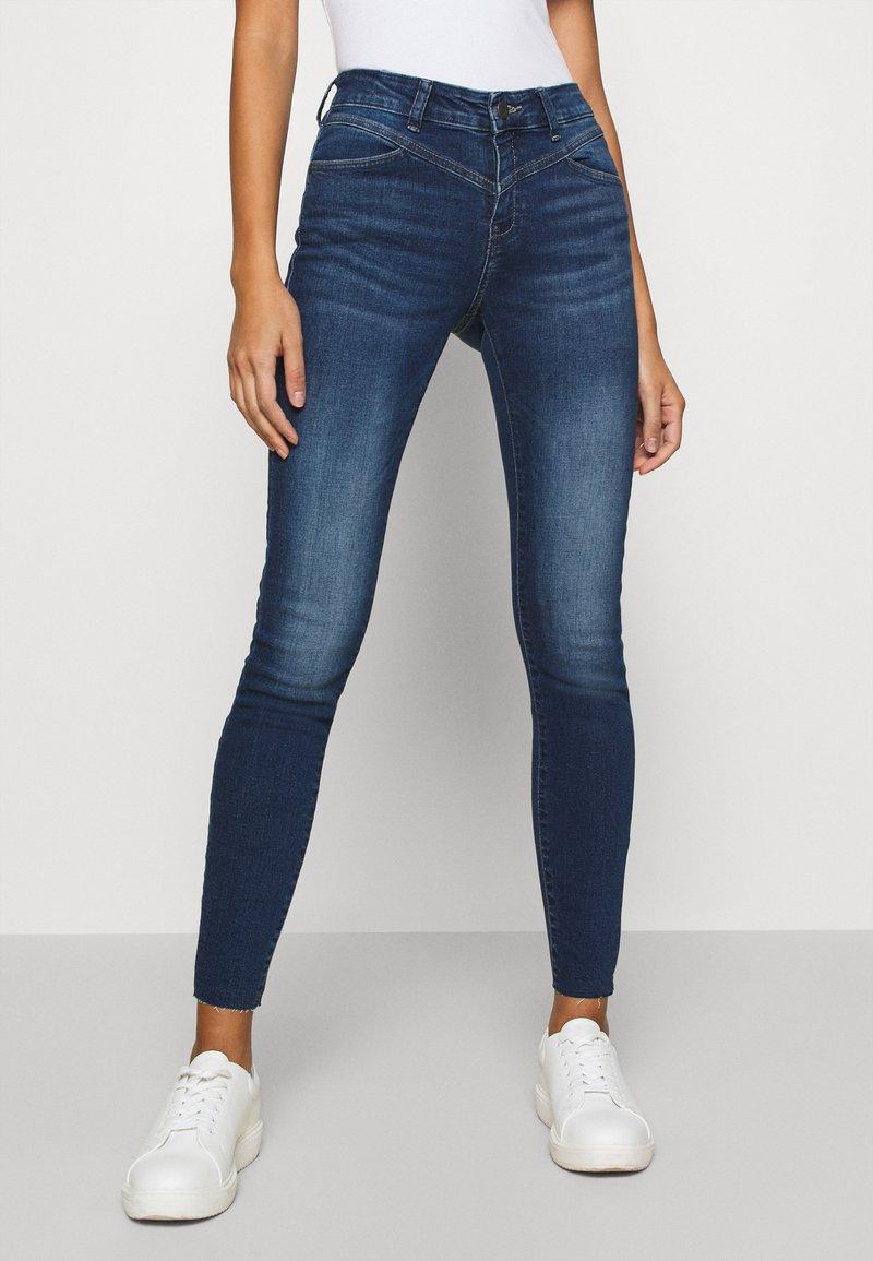 Noisy May - NMLUCY - Jeans Skinny Fit - medium blue denim
