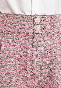 Custommade - ALIBA - Shorts - black/pink - 3