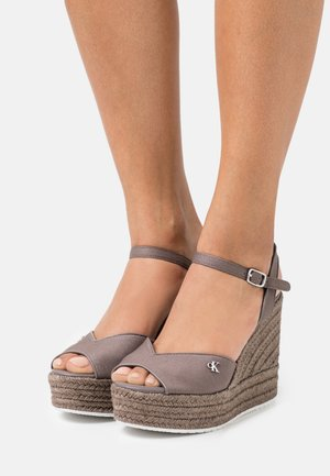 WEDGE ANKLE STRAP  - Platform sandals - dusty brown
