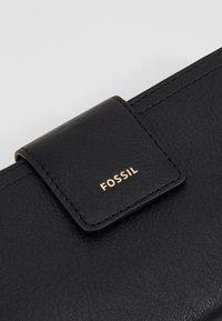 Fossil - LOGAN - Peněženka - black - 2