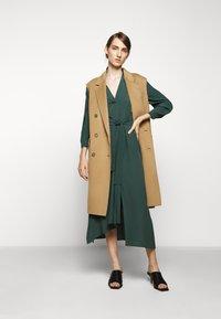 WEEKEND MaxMara - JAMES - Day dress - gruen - 1