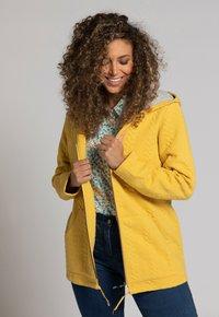 Ulla Popken - Zip-up sweatshirt - jaune moutarde clair - 1