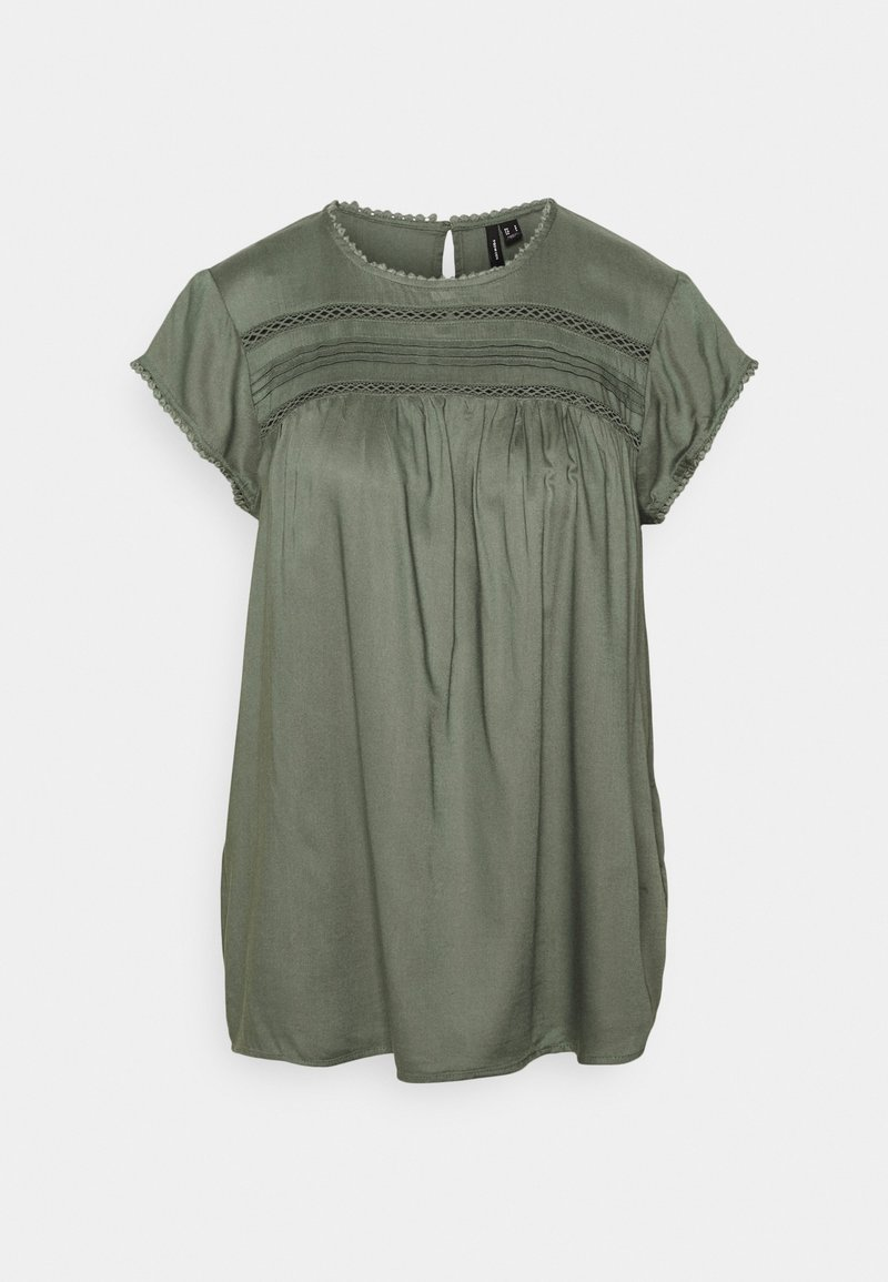 Vero Moda - VMDEBBIE PLEAT - T-shirt med print - laurel wreath