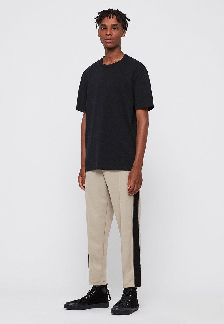 AllSaints IMOGEN BOY - T-shirt basique - black - Tops & T-shirts Femme mcIIf