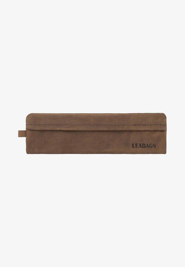 FORT VAUX - Pencil case - sugar cane