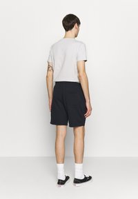 Burton Menswear London - 2 PACK - Spodnie treningowe - navy/khaki - 2