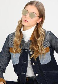 Le Specs - NEPTUNE - Sunglasses - gold-coloured - 1