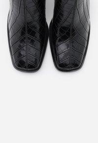 Hot Soles - Kotníková obuv na vysokém podpatku - black - 5