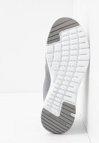 Skechers Wide Fit - FLEX APPEAL 3.0 - Sneakers laag - gray/mint - 6
