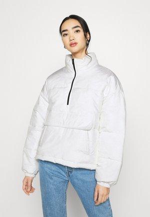 ANORAK PADDED JACKET - Winter jacket - white