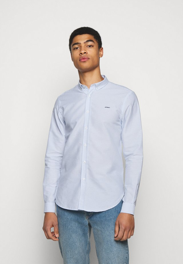 CLASSIC SHIRT AMOUR - Overhemd - white/blue