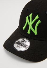 New Era - KIDS MLB 9FORTY - Cap - black - 3